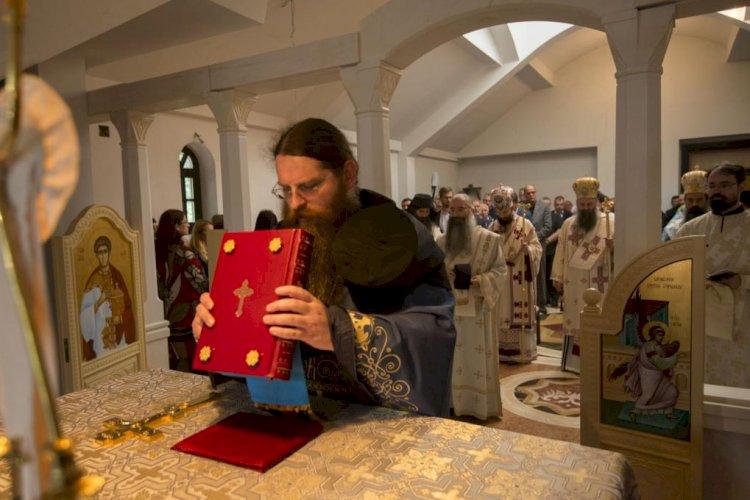 Свети Никола Кавасила: Зашто приношење жртве свештеник назива словесном службом