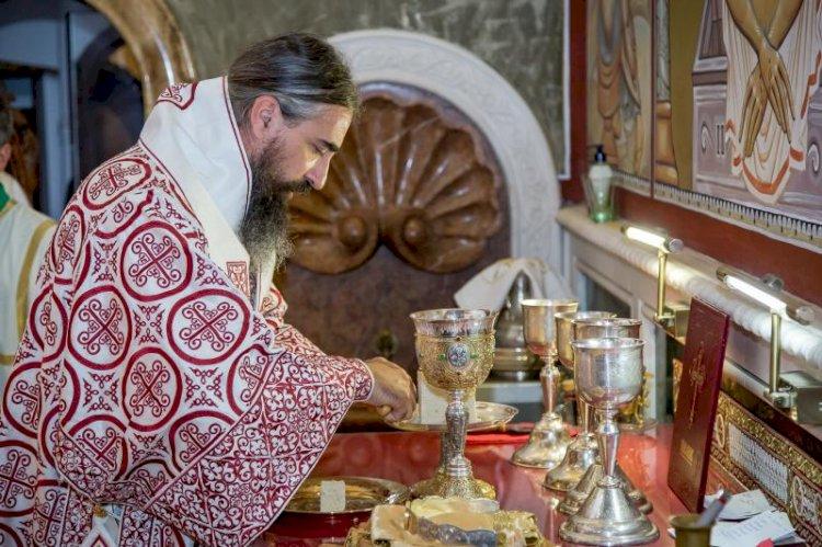 Свети Никола Кавасила: Зашто кроз ове Дарове изражавамо почаст и поштовање и према светитељима