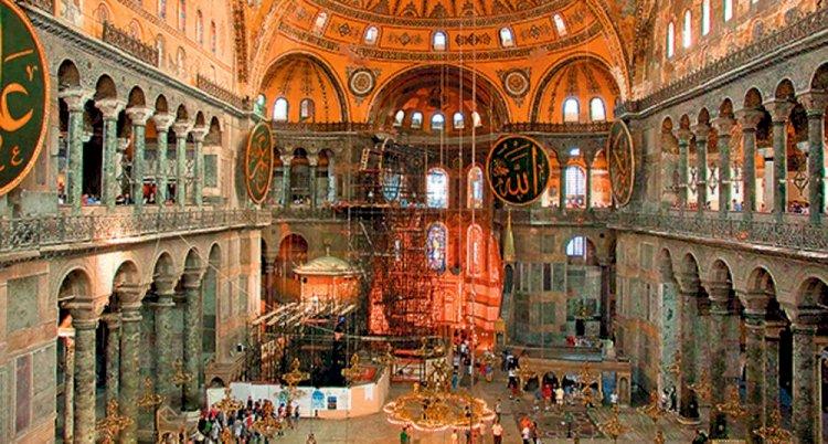 Богородица и арханђели биће покривени током молитве у Аја Софији