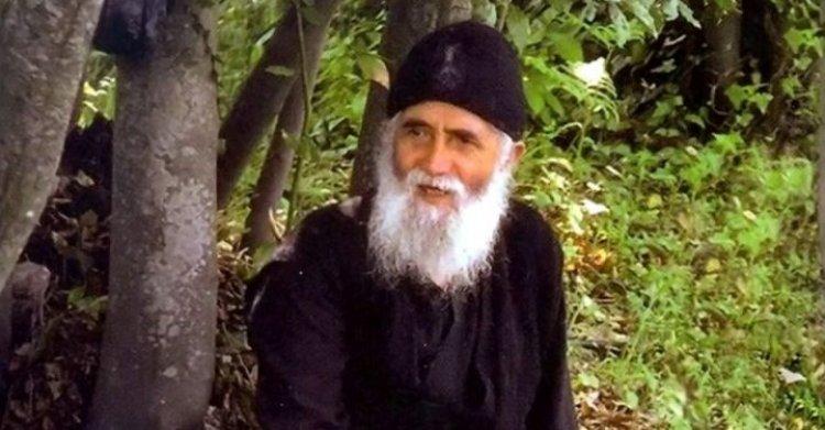 Старац Пајсије Светогорац: Дoбре помисли - противотров за буку